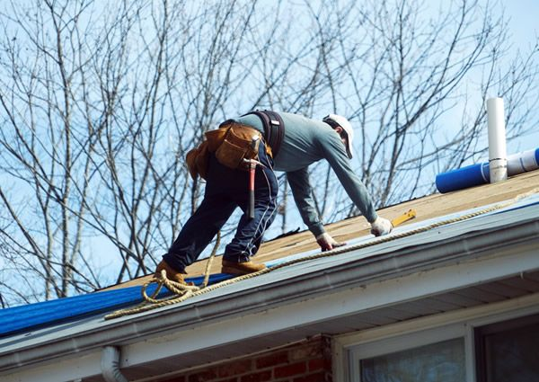 Find a Roofing Contractor: 4 Tips to Help You Out