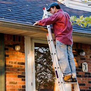 A Homeowners Easy Roof Maintenance Checklist