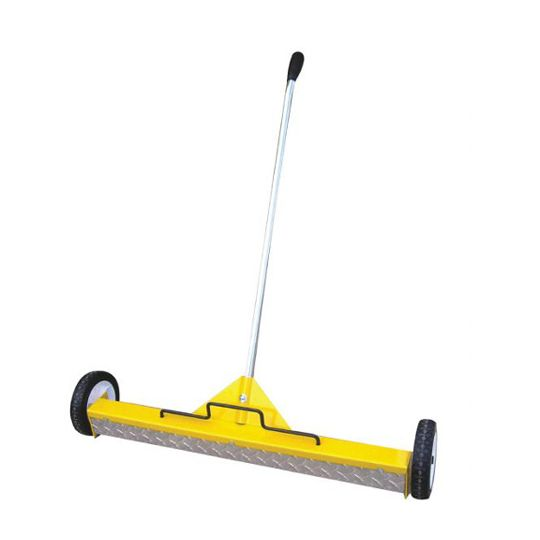 "C&R Manufacturing 30"" Releasable Magnet Sweeper with Treat Plate Yellow"
